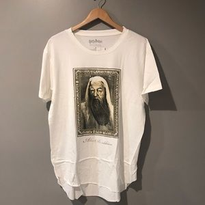 Harry Potter Tee Dumbledore  Hi-Lo Large NWT
